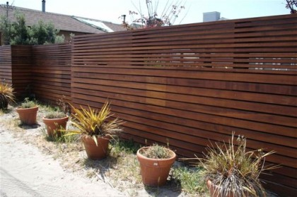from apartment therapy | www.apartmenttherapy.com/sf/look/look-modern-fence-050175