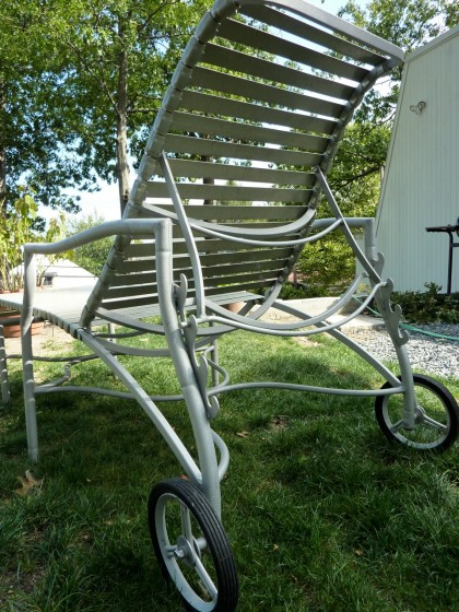 brimfield | lounger back view