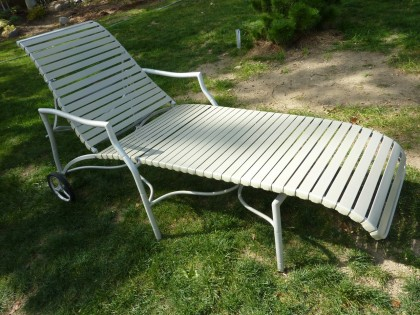 brimfield score | lounger side view