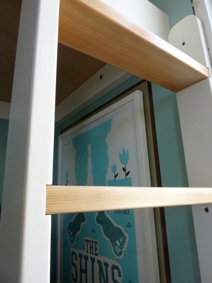 bunk bed ladder detail