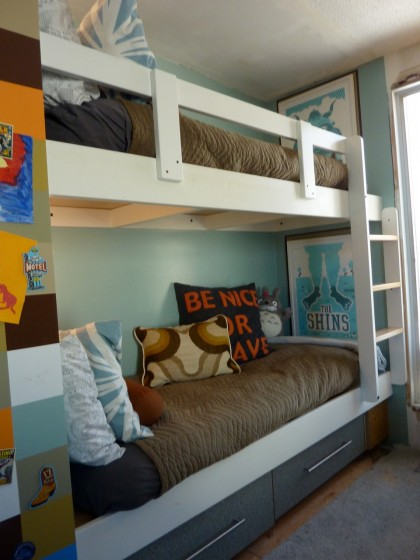 bunk bed with ladder and rail
