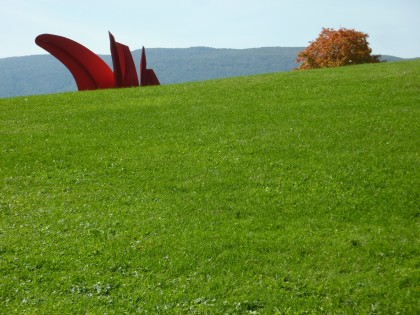 storm king | five swords by alexander calder, 76