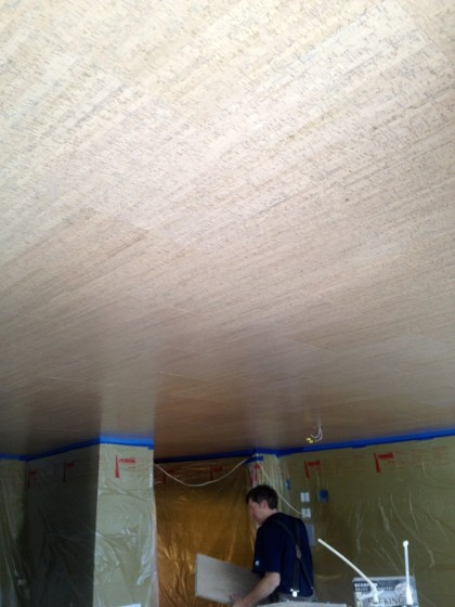 ceiling is finished, yay!
