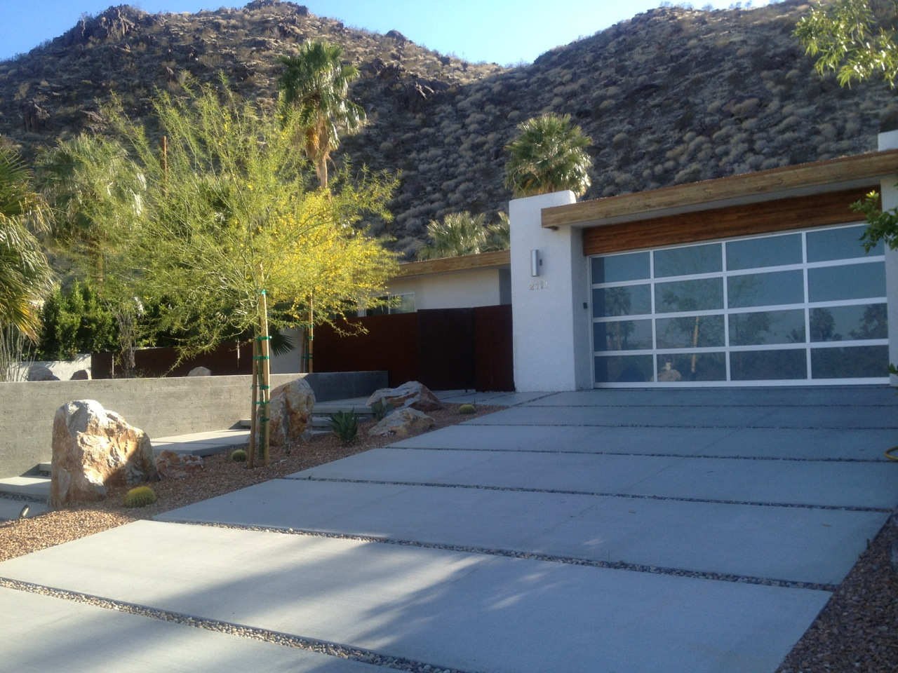 Landscaping A Sloping Driveway : Driveway ? mod remod