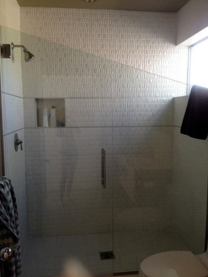 lousy shot of a gorgeous shower